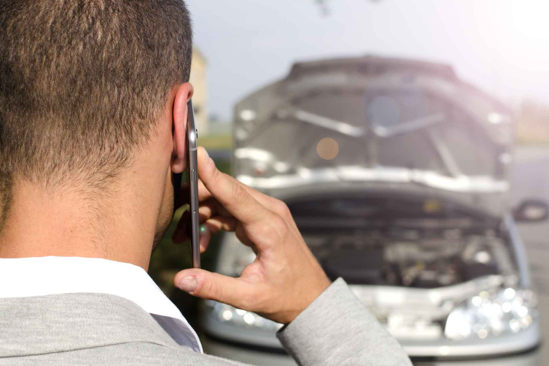 Contact Jackson Towing Pros for 24-hour Emergency auto towing service in Jackson, MS at (601) 851-9060